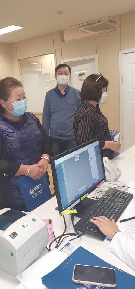 Монгол-Японы эрүүл мэндийн төвд ХҮИС-ийн багш, ажилтнууд үзлэгт орлоо